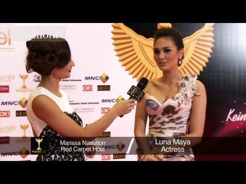 16th Annual Panasonic Gobel Awards 2013 in Jakarta | FashionTVD Travel Video