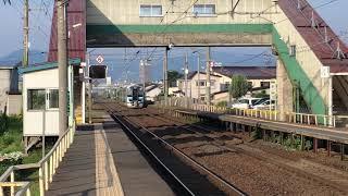 五能線GV-E400系普通鯵ヶ沢行き822D撫牛子到着→発車