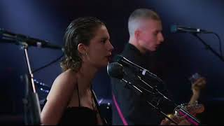 Wolf Alice - Sadboy (live @ The Late Show)