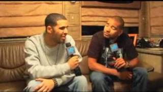Drake Disses Lil Kim & Grinds On Nicki Minaj Live On Stage