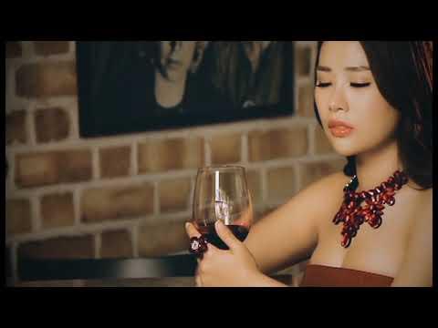 我在想你你在想着谁(MV)张依微