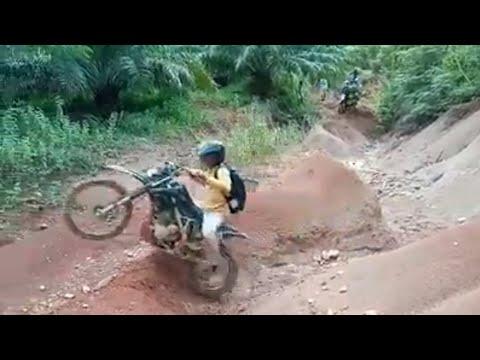Klx Salto Jungkir Balik, Hard Enduro (Trabas Medan Tanah Berombak)