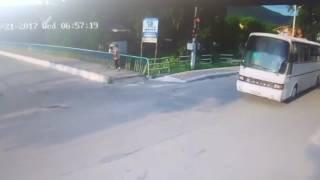 видео Автобусы Черновцы - Прага. Цена билета - от 1200 грн.