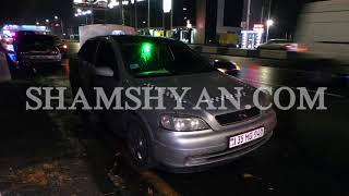 Երևանում  Ոստիկանության կրթահամալիրի մոտ Peugeօt ն բախվել է կայանված Opel ին