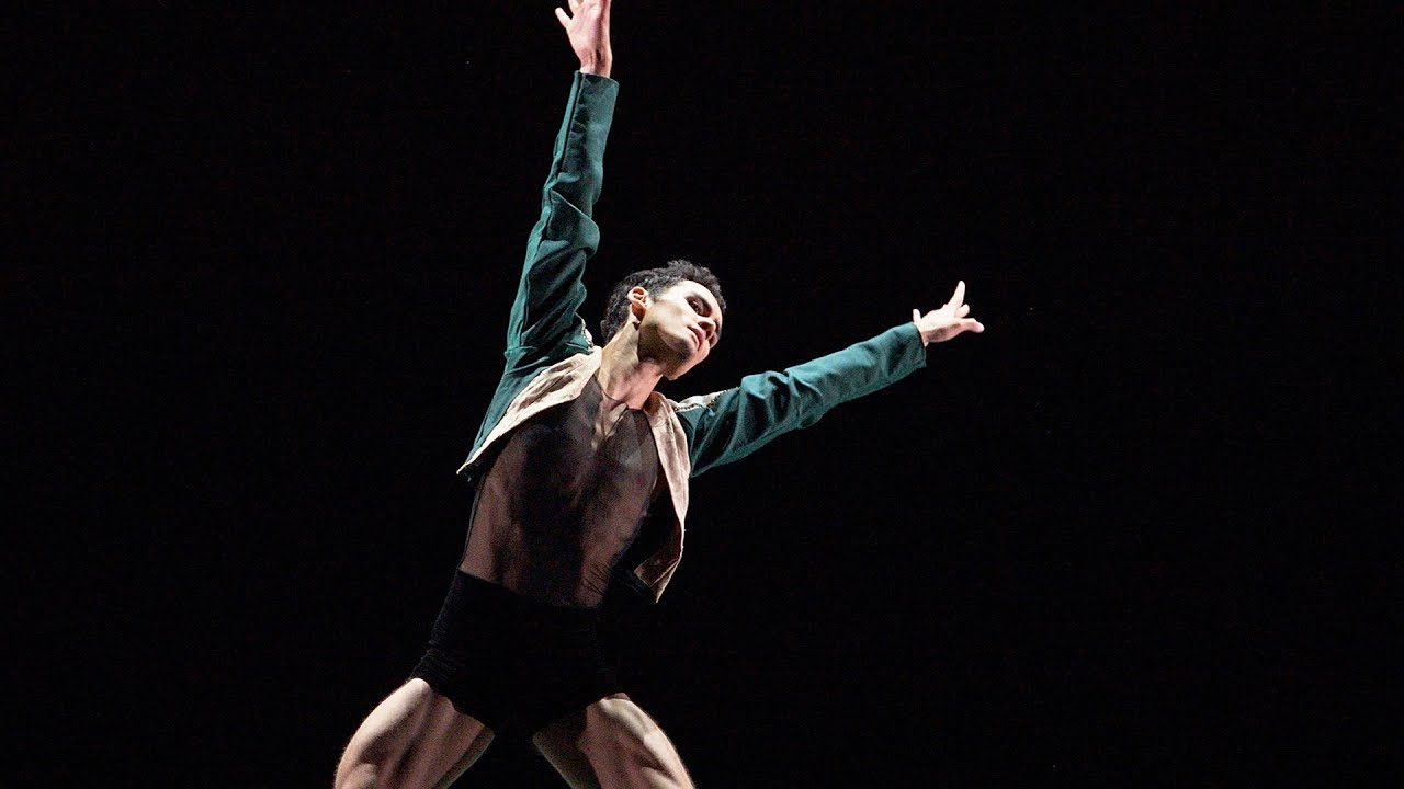 Daniel McCormick: Leatherwing Bat | English National Ballet