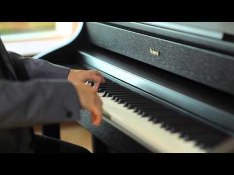 HP508 Digital Piano: Roman nepi tancok (Béla Bartók) Performed by Miyuji Kaneko