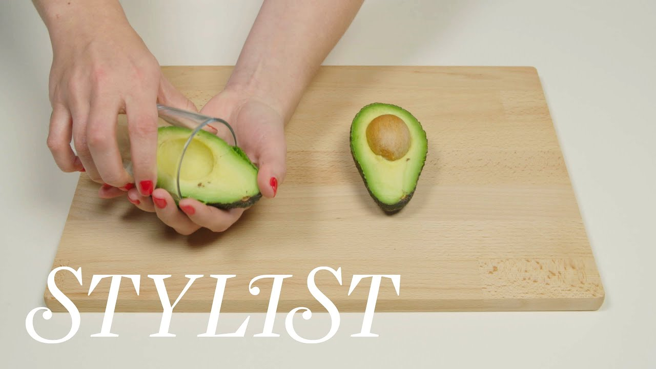 How To Peel An Avocado With A Glass Cup