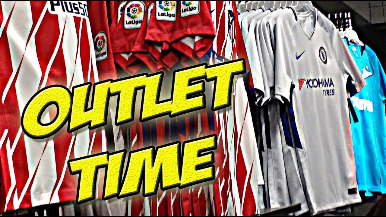 Opinión Espejismo Contratar  Super jueves en OUTLETS Nike y Adidas - YouTube