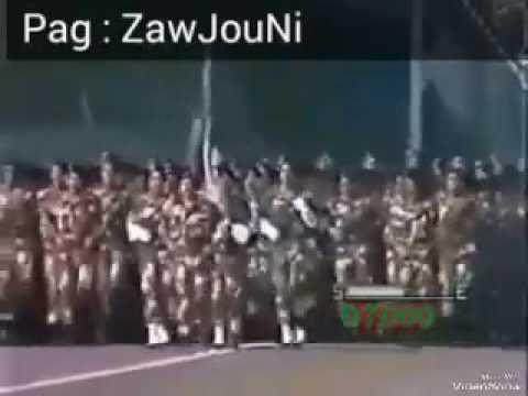 الجيش الجزائري يهتف
