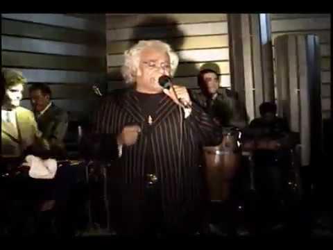 José Bustos En Vivo  En El Gran Fórum  Canta  Medrosa (In Memoriam)