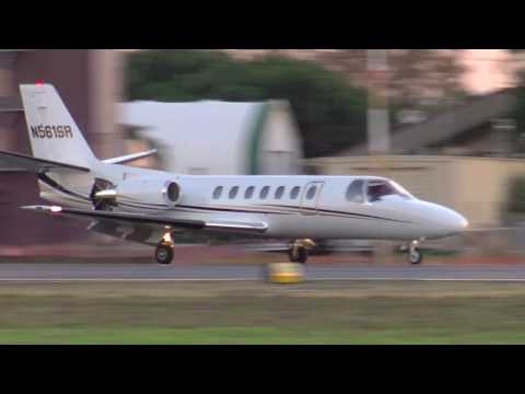 N561SR 1991 CESSNA 560 Landing Hayward Executive Airport