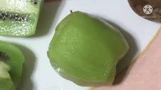 Kiwi fruit (look iฑ description)