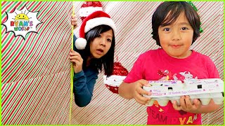 Rya in Giant Box Fort Maze Christmas Challenge and more 1 hr kids activities!