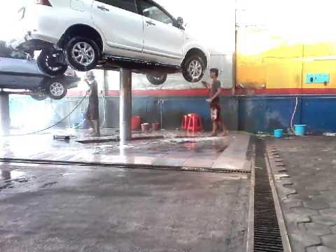 Comment laver sa voiture sans trace youtube for Laver ses vitres sans traces