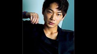 俳優の綾野剛(33)が連続ドラマに単独初主演する。10月スタートの...