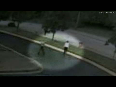 Good Samaritans jump in to help teen during attack