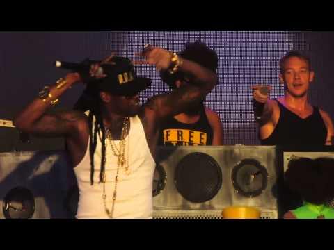 Major Lazer with Guest 2 Chainz - Bubble Butt - Live @ Coachella Festival 4-20-13 in HD