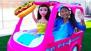 웬디 & 벨의 바비 전동 바퀴 캠핑카 푸드 트럭 장난감 목마 가상 놀이