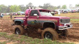 trucks mud bogging