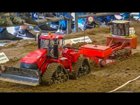 BIG RC tractor Action! R/C tractors working hard! Case! John Deere!