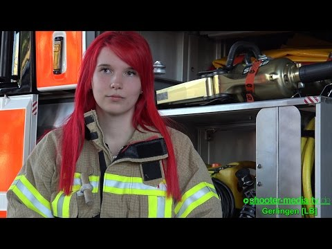 [AKTIVE FRAUEN IM EHRENAMT] - (Feuerwehrfrauen stellen sich vor) - Aufgaben in allen Bereichen | [S]