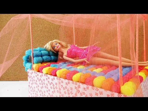 barbie bett basteln diy himmelbett selber machen. Black Bedroom Furniture Sets. Home Design Ideas