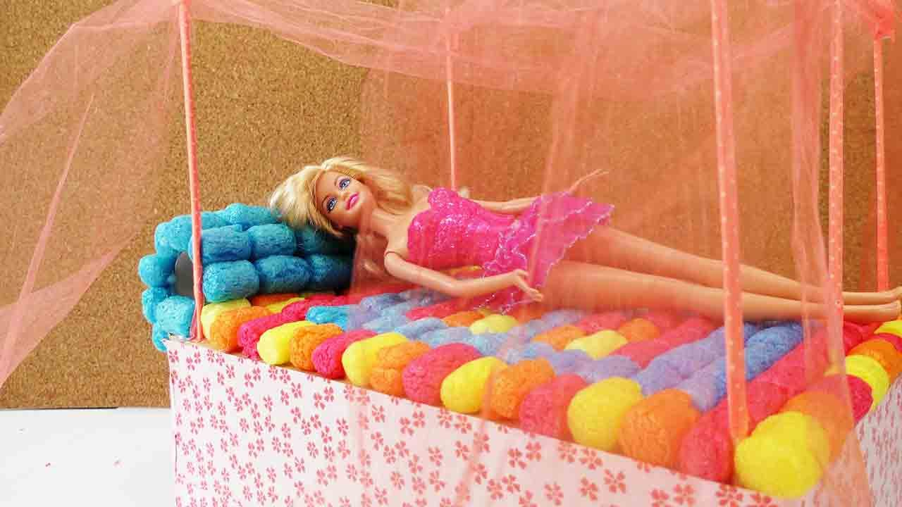 barbie bett basteln diy himmelbett selber machen youtube. Black Bedroom Furniture Sets. Home Design Ideas