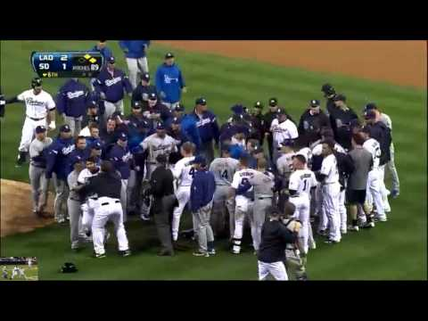 Carlos Quentin breaks !!! Zack Greinke collarbone in brawl w