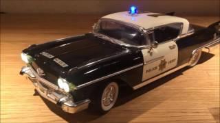 1:18 Cadillac Eldorado Seville 1958 Police LED