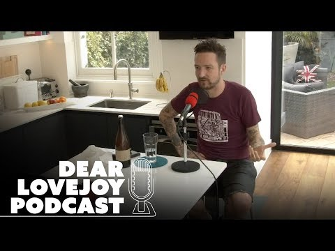 Frank Turner On His Grand Theory, Donald Trump & Brexit | Dear Lovejoy Podcast