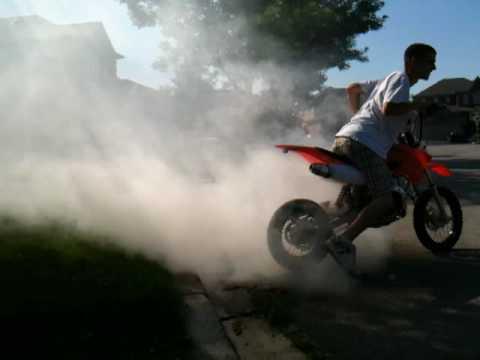 125cc Dirt Bike Burnout