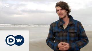 من على الموجة: أندي جانزن وفيديوهات ركوب الأمواج | يوروماكس