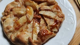 Apple Galette Recipe - Free Form Apple Cinnamon Pie Recipe