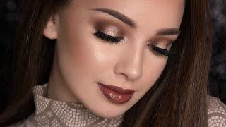 spotlight smokey eye dark glossy lips makeup tutorial