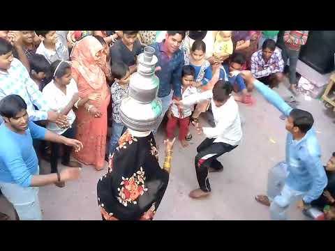Chamak chamak dj pe Gori nache  Rishabh Gupta