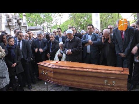 Obsèques de Arezki Idjerouidène au cimetière du Père-Lachaise.