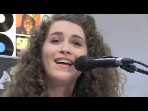 Rae Morris - Love Again (Live @ hmv Manchester)