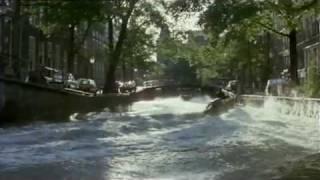 Video Amsterdamned speedbootachtervolging download MP3, 3GP, MP4, WEBM, AVI, FLV September 2017