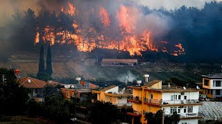 video: Three dead and ten stranded as wildfire rages across southern Turkey