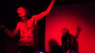 Larva - La Maldad Se Encuentra En Ti (Live at Complex, 9-11-2013)