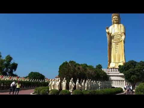1000 Buddhas in kaohsiung Taiwan