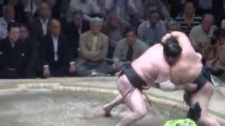 20150521 大相撲夏場所12日目 豪栄道vs白鵬 微妙な一番.