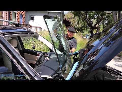 windshield-replacement-on-bmw-x1-by-auto-glass-express