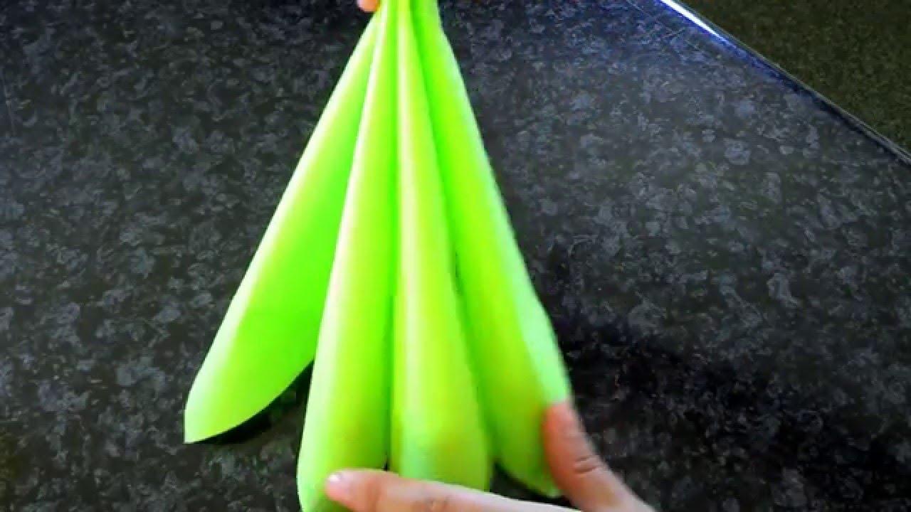 Como doblar una servilleta de papel para boda bautizo y - Doblar servilletas para navidad ...