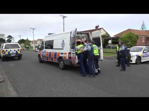 Dramatic End to Police Pursuit in Auckland