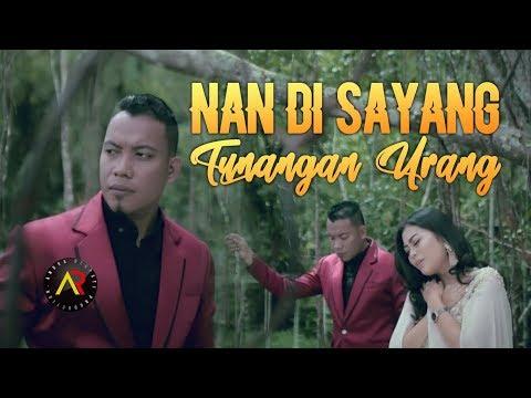 Andra Respati Feat Eno Viola - Nan Di Sayang Tunangan Urang (Official Video HD)