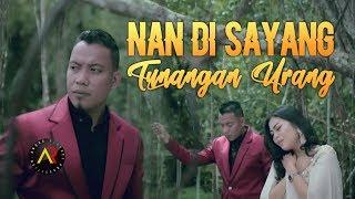 Download ANDRA RESPATI & ENO VIOLA - Nan Di Sayang Tunangan Urang [ Official Music Video ]