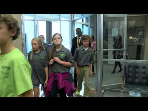 Jones Valley Elementary School students' field trip to Mayor Battle's Office