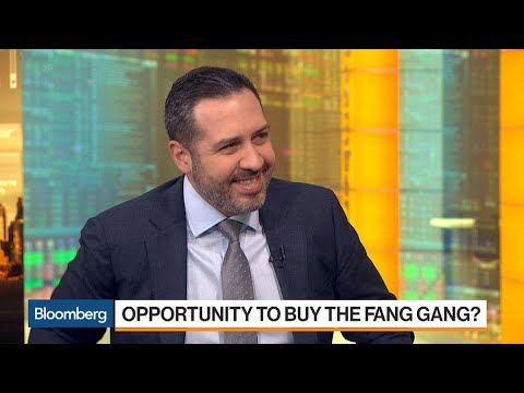 Analyst Cakmak Says the Flight to Safety Is Not FANG Stocks