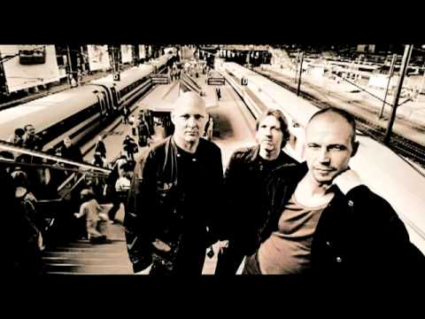 Esbjörn Svensson Trio - Eighty-Eight Days In My Veins